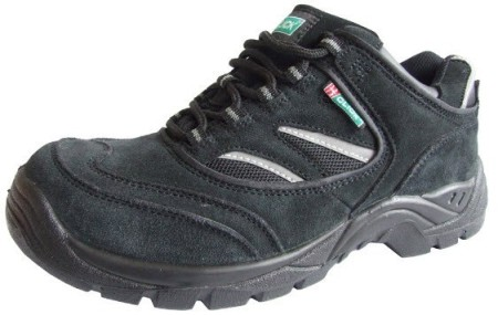Safety trainer style safety shoe