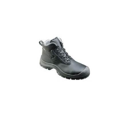 71010 Safety boot with scuff cap